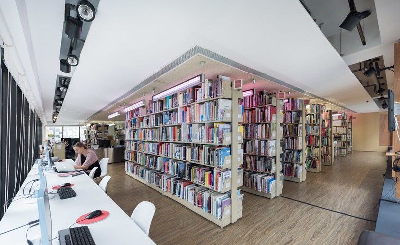 Image: AAA Library.